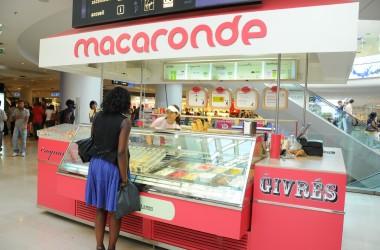 Macaronde fait sont arrivée à La Défense….