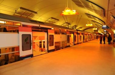Trois enquêtes publiques pour le RER E à La Défense