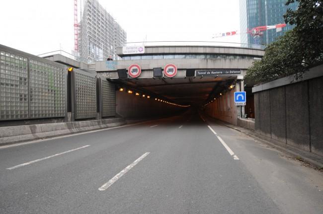 L'entrée du tunnel de La Défense de l'A14 dans le sens Paris > province. ©Defense-92.fr