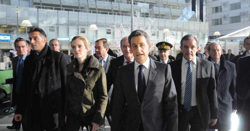 Il insulte Nicolas Sarkozy lors de sa visite à La Défense