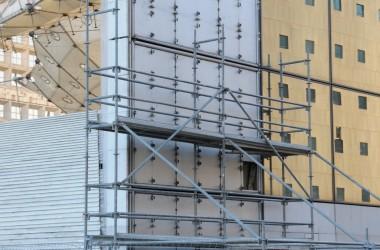 La façade sud de l'Arche va être ravalée