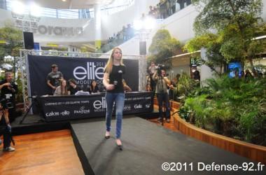 L'agence Elite sélectionne quatre filles aux Quatre Temps pour son casting