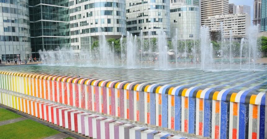 La fontaine Agam passe en «heure d'été»