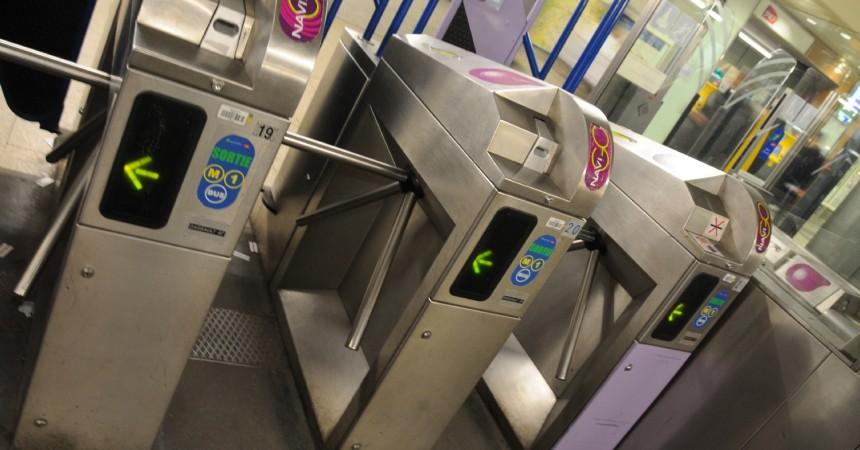 Le CDT demande un même tarif pour le métro et le RER à La Défense