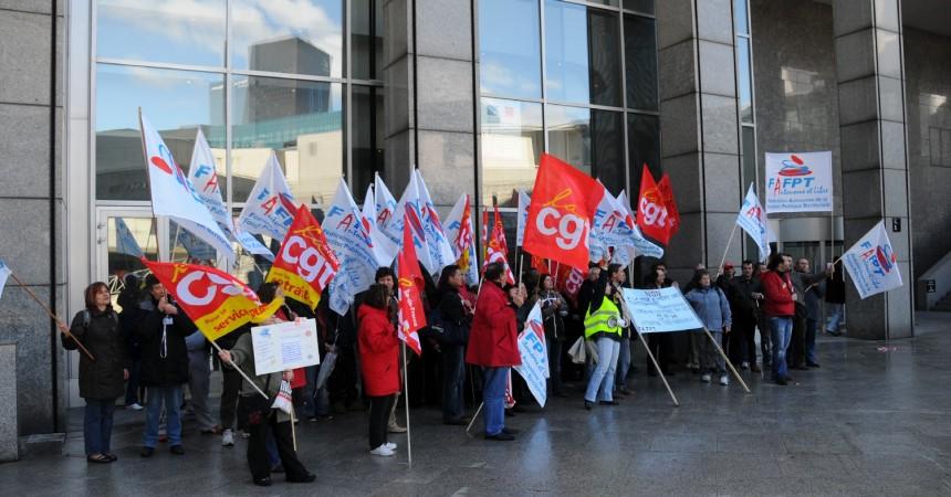 Les salariés de la fonction publique manifestent