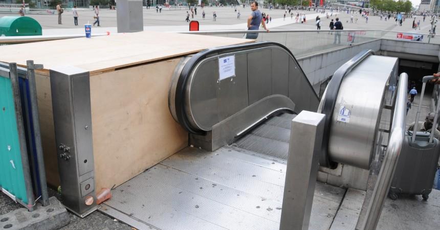Les travaux de changement des escalators du haut du Parvis vont débuter