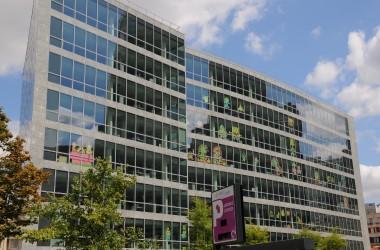 Une Battle haute en couleurs de «Post-it» bat son plein au Faubourg de l'Arche