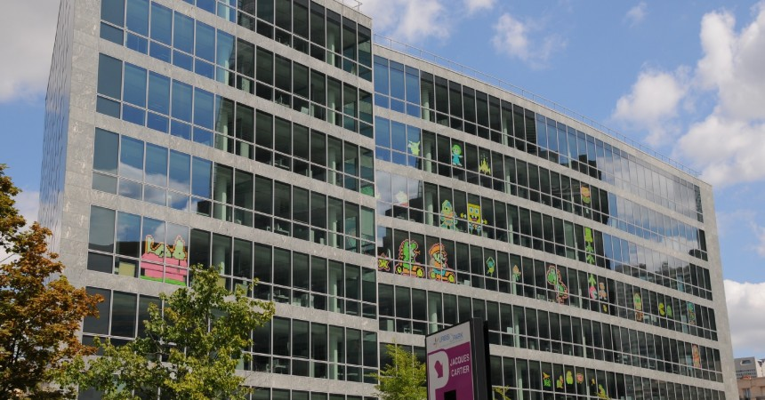 Une Battle haute en couleurs de « Post-it » bat son plein au Faubourg de l'Arche