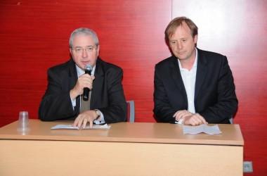 «Une autre ambition pour Courbevoie»,a organisé une réunion publique