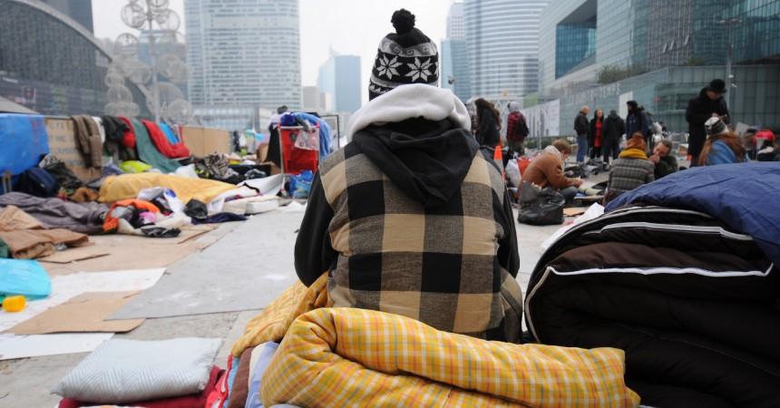 Indignés : Toujours présents sur le parvis