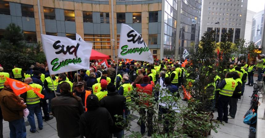Manifestation devant les bureaux de Dalkia