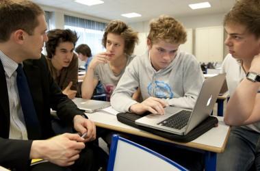 EDC Paris accompagne gratuitement la reprise d'entreprises