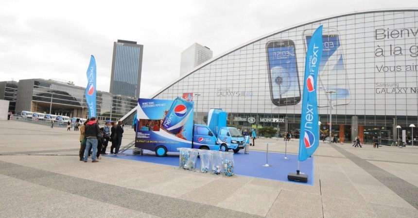 Pepsi rafraîchit les passants