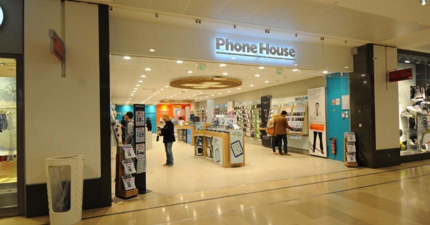 The Phone House va quitter les Quatre Temps