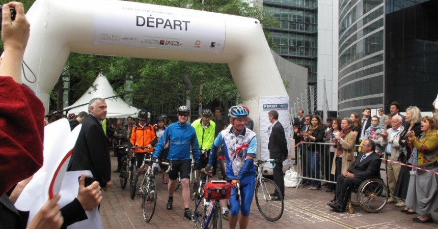 La « Paris to London Bike-ride » est parti de La Défense
