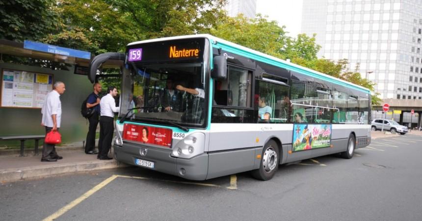Des jeunes incendient un bus de la RATP dans la cité Pablo-Picasso