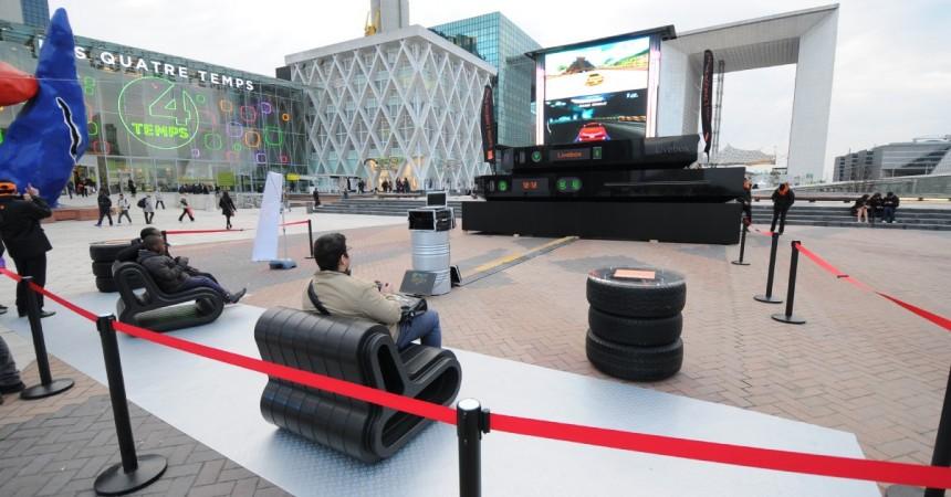 Orange transforme la place de La Défense en salon géant