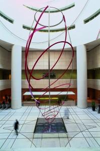 La sculpture de Tom Carr - :© Courtesy Collection Société Générale – photo : Bernard Saint-Genès