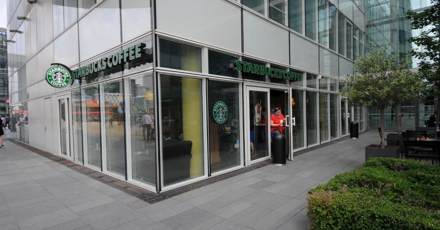 Le Starbucks Coffee de Cœur Défense désormais ouvert les samedis