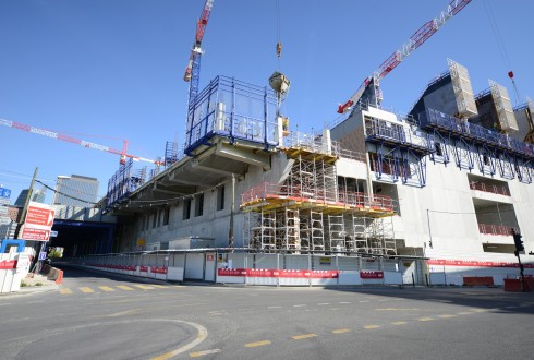 Le chantier de l'Arena 92 le 14 avril 2015 - Defense-92.fr