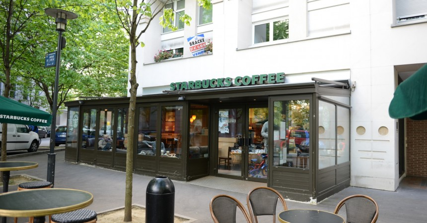 le starbucks du faubourg de l arche d sormais ouvert le. Black Bedroom Furniture Sets. Home Design Ideas