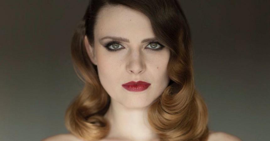 Elodie Frégé en showcase aux 4 Temps