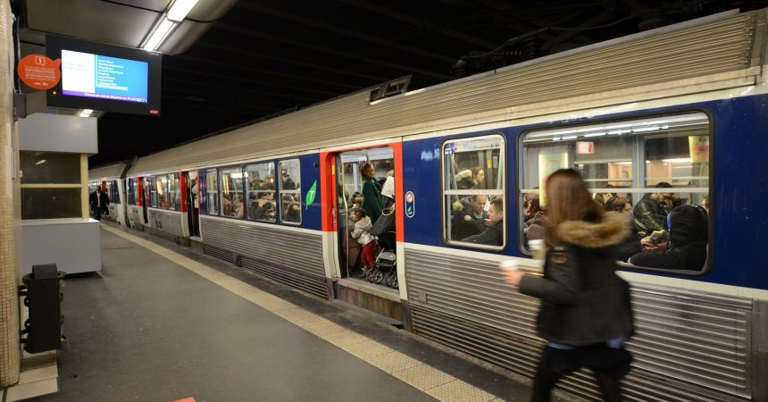 Grève à la SNCF : un train sur deux ce mercredi et jeudi dans le secteur de La Défense