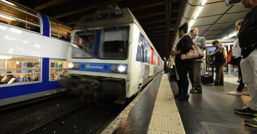 Des usagers de la ligne U rejoignent l'association Plus de Trains