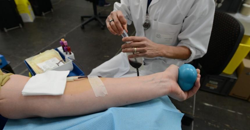 En ce mois d'août, venez donner votre sang sur le parvis de La Défense