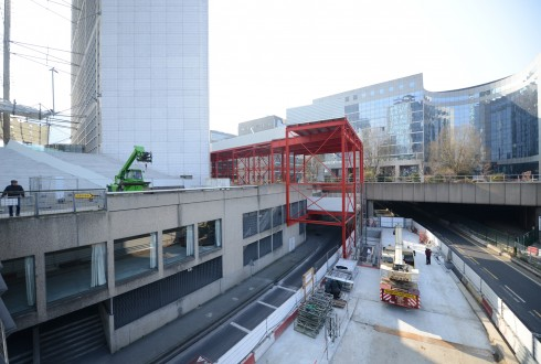 Les travaux préparatoires de la rénovation de la Grande Arche le 16 mars 2015 - Defense-92.fr