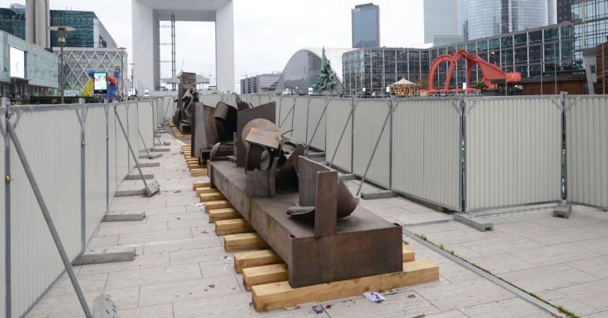 L'œuvre d'art After Olympia déménage au pied des tours Opus 12, Atlantique et EDF