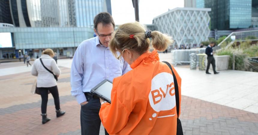 Des enquêteurs sillonnent le quartier pour recueillir les avis des salariés, habitants, touristes et étudiants