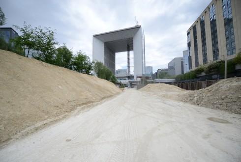 Les travaux d'aménagement des Jardins de l'Arche, le 18 mai 2015 - Defense-92.fr
