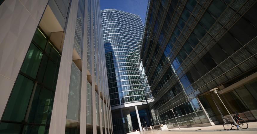 Saint-Gobain prend 2 776 m² dans la tour Dexia