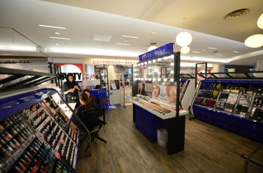 Un pop-up store Gemey Maybelline aux 4 Temps