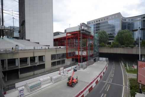 Les travaux de rénovation de la Grande Arche le 26 mai 2015 - Defense-92.fr