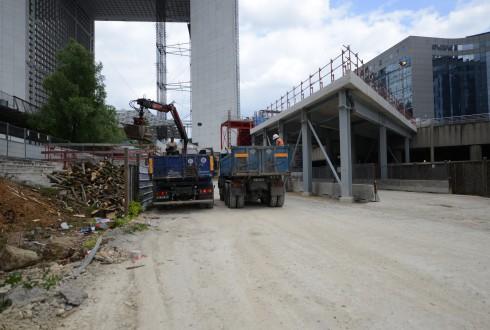 Les travaux de la promenade de l'Arche le 26 mai 2015 - Defense-92.fr