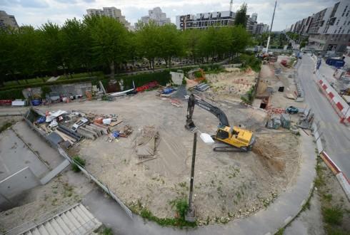 Les travaux d'aménagement des Jardins de l'Arche, le 26 mai 2015 - Defense-92.fr
