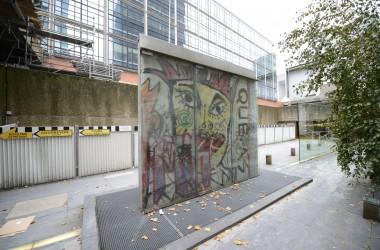 25 ans après la chute du Mur de Berlin, un morceau demeure à La Défense