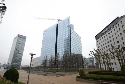 Les travaux de la tour Athena le 15 décembre 2014 - Defense-92.fr