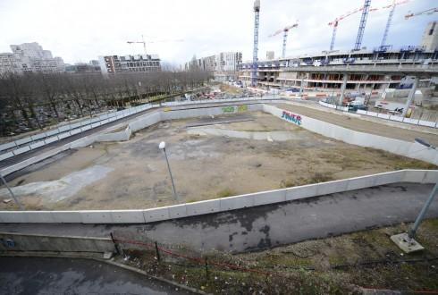 Le terrain de l'hôtel Valmy le 23 février 2015 - Defense-92.fr