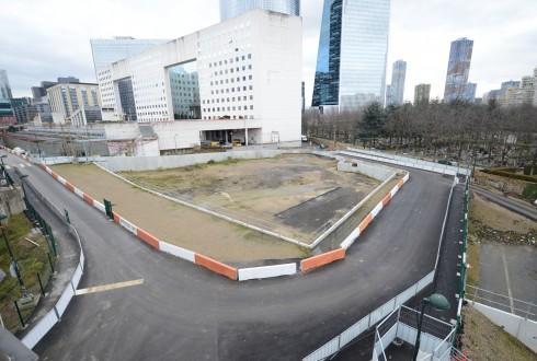 Le terrain de l'hôtel Valmy le 2 février 2015 - Defense-92.fr
