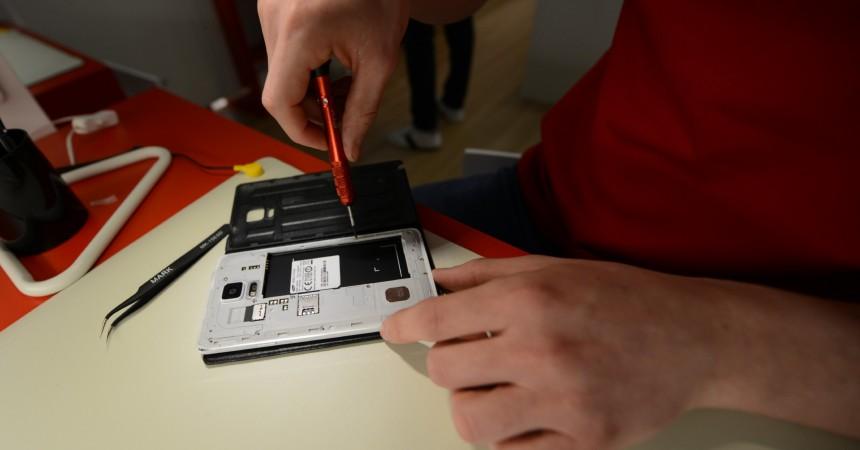 Aux 4 Temps Save My Smartphone vient-en aide aux bobos des smartphones et tablettes