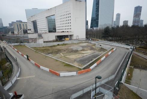 Le terrain de l'hôtel Valmy le 9 février 2015 - Defense-92.fr