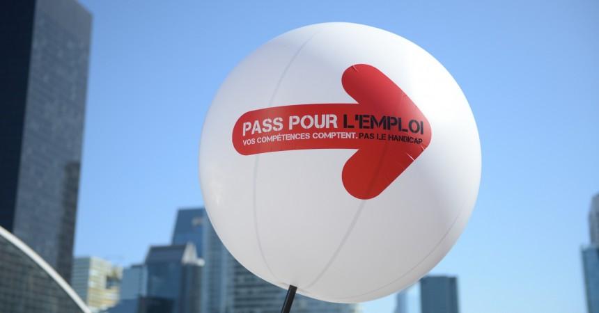 Pass Pour l'emploi, le salon pour l'emploi des handicapés c'est jeudi 19 mars sur le parvis de La Défense