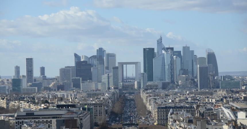 Un investisseur qatari veut construire une tour de cinq kilomètres à La Défense