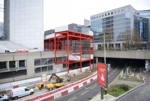 Les travaux préparatoires de la rénovation de la Grande Arche le 3 mars 2015 - Defense-92.fr