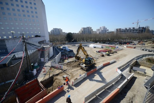 Les travaux d'aménagement des Jardins de l'Arche, le 7 avril 2015 - Defense-92.fr