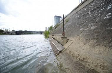 Encore plus d'eau de la Seine pour refroidir les bureaux de La Défense