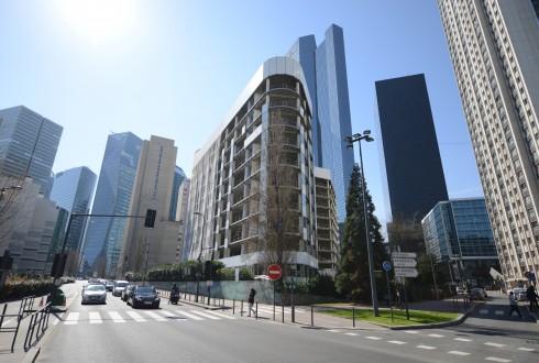 La rénovation de l'immeuble E+ le 7 avril 2015 - Defense-92.fr